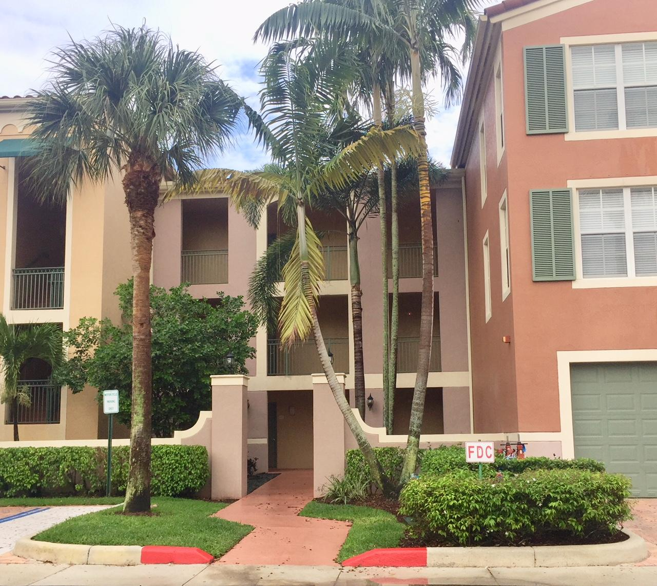 11740 Saint Andrews Place, Wellington, Florida 33414, 2 Bedrooms Bedrooms, ,2 BathroomsBathrooms,Condo/Coop,For Rent,Saint Andrews,1,RX-10521117