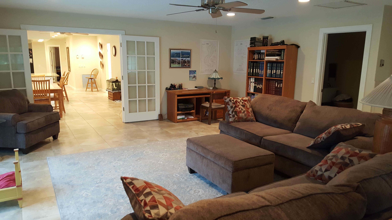 Wellington, Florida 33414, 4 Bedrooms Bedrooms, ,2 BathroomsBathrooms,Residential,For Sale,Rambling,RX-10521922