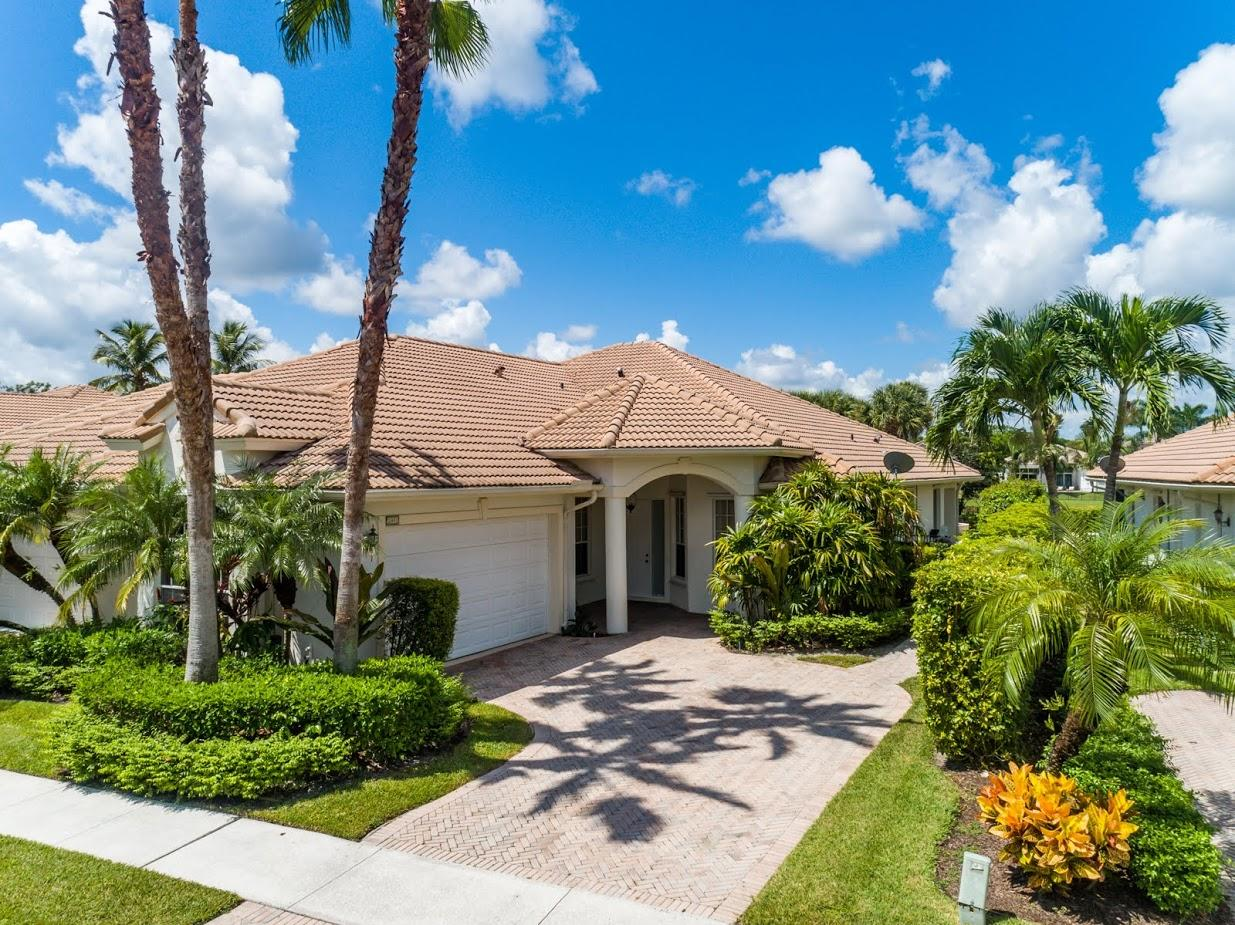2911 Twin Oaks Way, Wellington, Florida 33414, 3 Bedrooms Bedrooms, ,2 BathroomsBathrooms,Single Family,For Rent,Polo Club,Twin Oaks,1,RX-10522823
