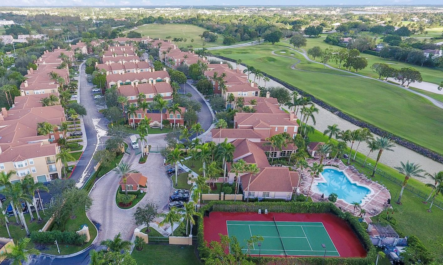 Wellington- Florida 33414, 2 Bedrooms Bedrooms, ,2 BathroomsBathrooms,Residential,For Sale,Saint Andrews,RX-10525159