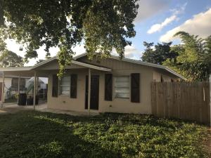 5721 Coconut Road, West Palm Beach, FL 33413