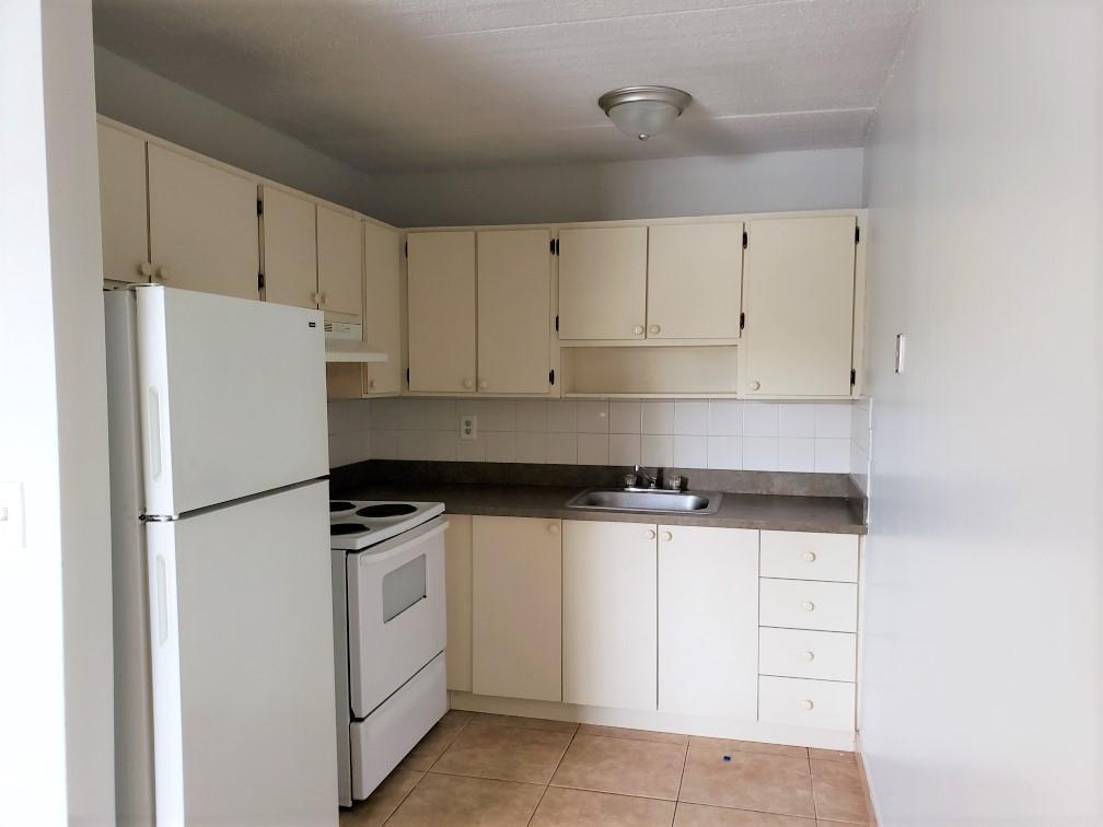 2708 Vandiver Drive, West Palm Beach, Florida 33409, 2 Bedrooms Bedrooms, ,1 BathroomBathrooms,Condo/Coop,For Rent,Vandiver,1,RX-10521013