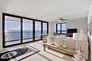 Gorgeous views from everywhere - SE Corner condo - 1st time available in almost 40 years