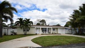 2701 SW 7th Street, Boynton Beach, FL 33435
