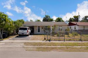 152 Jackson Avenue, Greenacres, FL 33463