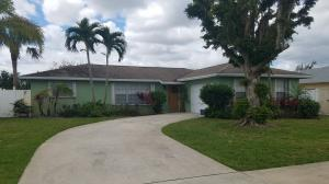 2670 Flamango Lake, West Palm Beach, FL 33406
