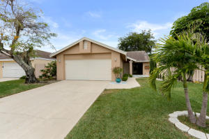 1060 NW 19th Terrace, Delray Beach, FL 33445
