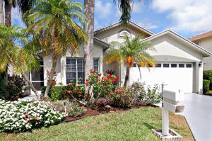 148 Hammocks Drive, Greenacres, FL 33413