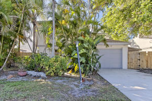 2417 Sundy Avenue, Delray Beach, FL 33444