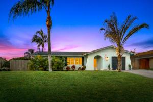 3929 Bluebell Street, Palm Beach Gardens, FL 33410