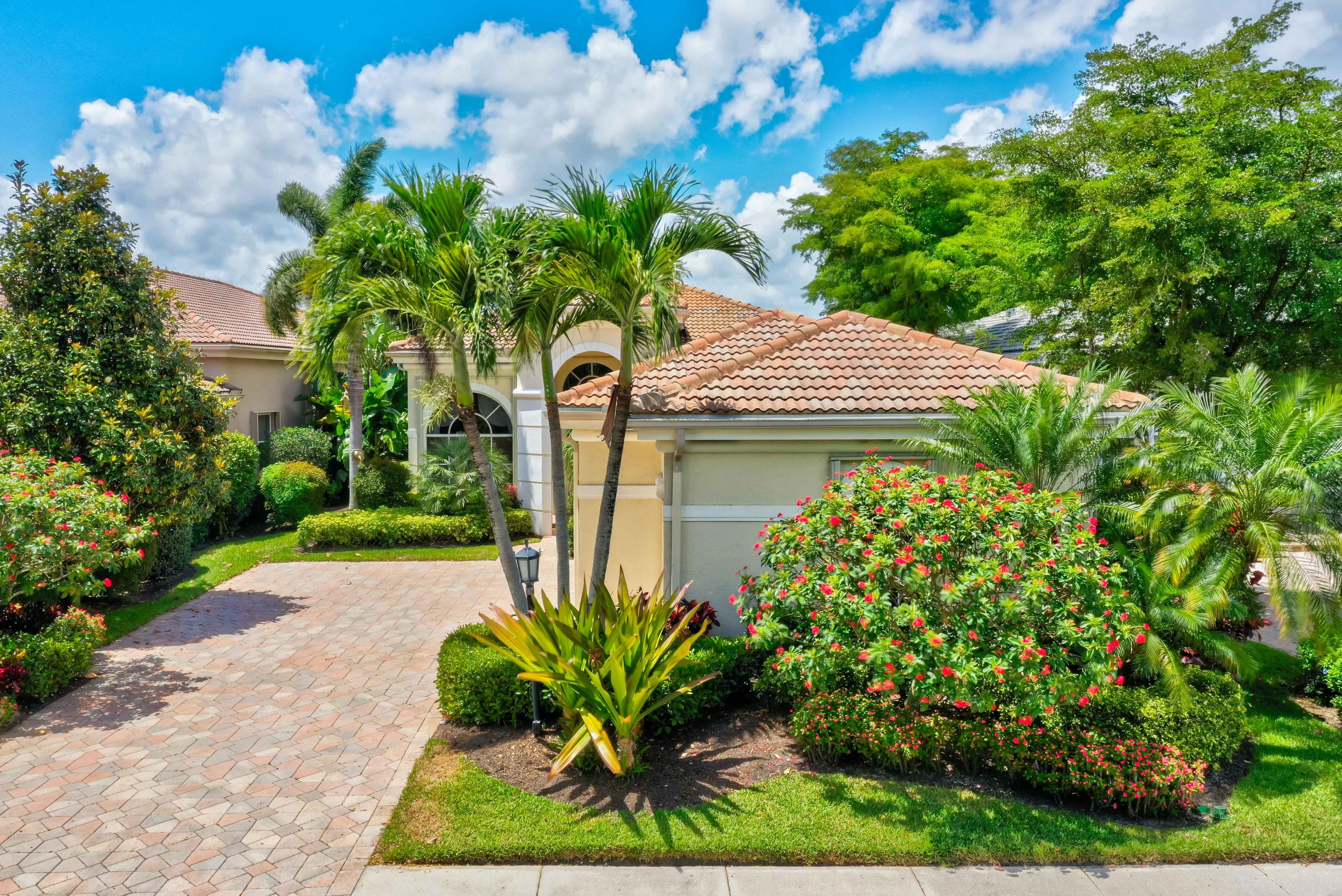 Home for sale in Cayman Isle Palm Beach Gardens Florida