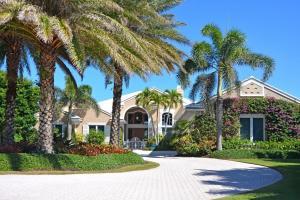 7004 SE Harbor Circle, Stuart, FL 34996