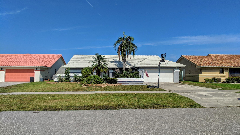 6043 Sunberry Circle  Boynton Beach FL 33437