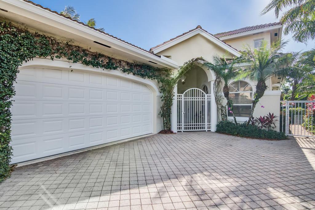 2781 Twin Oaks Way, Wellington, Florida 33414, 5 Bedrooms Bedrooms, ,4.1 BathroomsBathrooms,Villa,For Sale,PALM BEACH POLO,Twin Oaks,RX-10524719