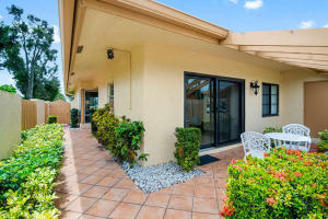 5600 Queen Palm Court, A, Delray Beach, FL 33484