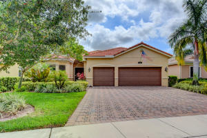16044 Glencrest Avenue, Delray Beach, FL 33446
