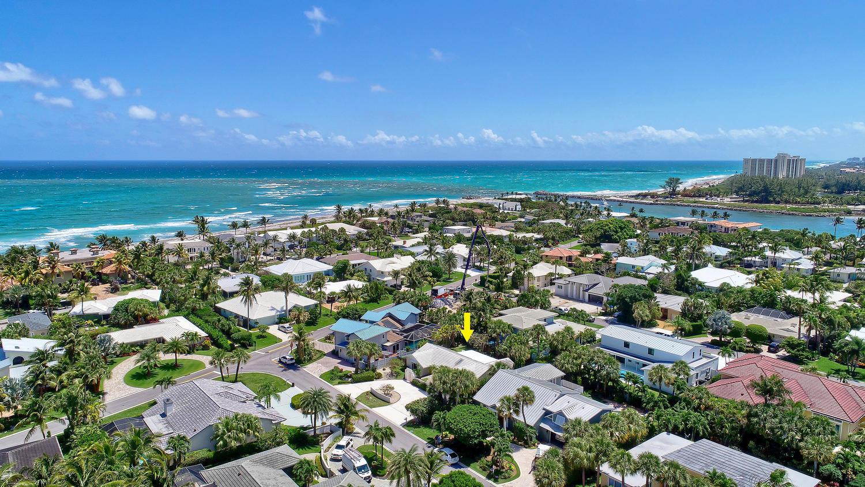 220 Pirates Place Jupiter Inlet Colony FL 33469