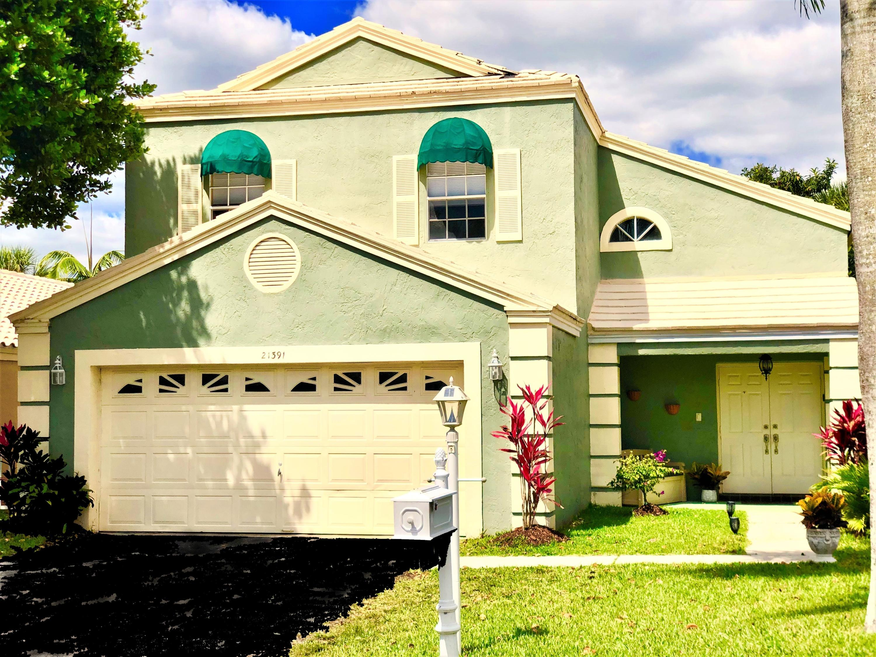 A Rated Schools, Everglades Views w/no rear neighbors, Updated: Kitchen; S.S. Appliances, Glazed Birch Easy Close Cabinets, Granite Counters w/ Island & Baths: Toilets, Master Walk-in Glass Door Shower and Closet, Granite Vanities, Large Garage, Low HOA Dues, $205 mos. includes nearby rec center, No Equity Membership, Priced to Sell, DON'T MISS THIS ONE!!
