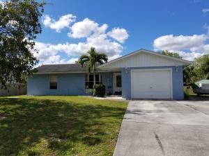 438 SW Violet Avenue, Port Saint Lucie, FL 34983