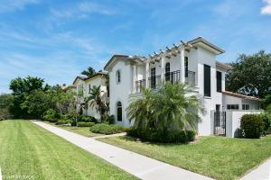 98 Stoney Drive, Palm Beach Gardens, FL 33410