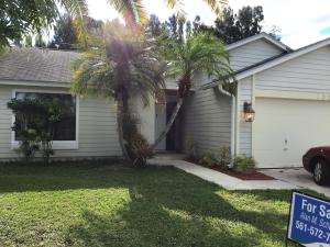 158 Greentree Circle, Jupiter, FL 33458