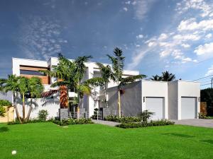 130 NE Spanish Court, Boca Raton, FL 33432