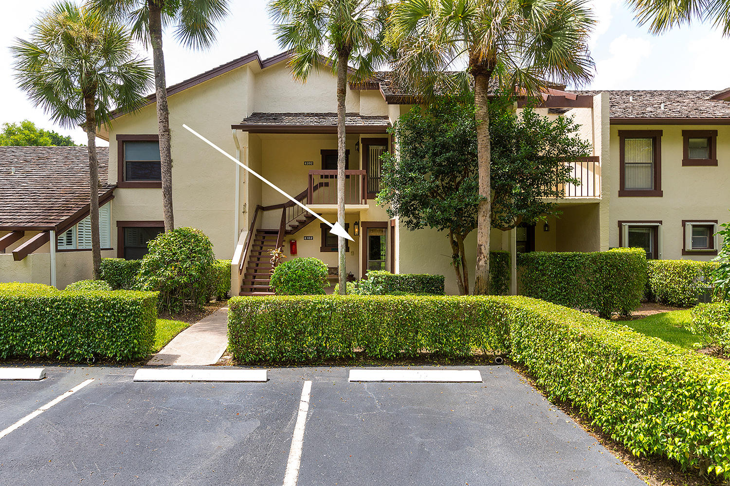 11397 Pond View Drive, Wellington, Florida 33414, 2 Bedrooms Bedrooms, ,2 BathroomsBathrooms,Condo/Coop,For Rent,PALM BEACH POLO,Pond View,1,RX-10524689
