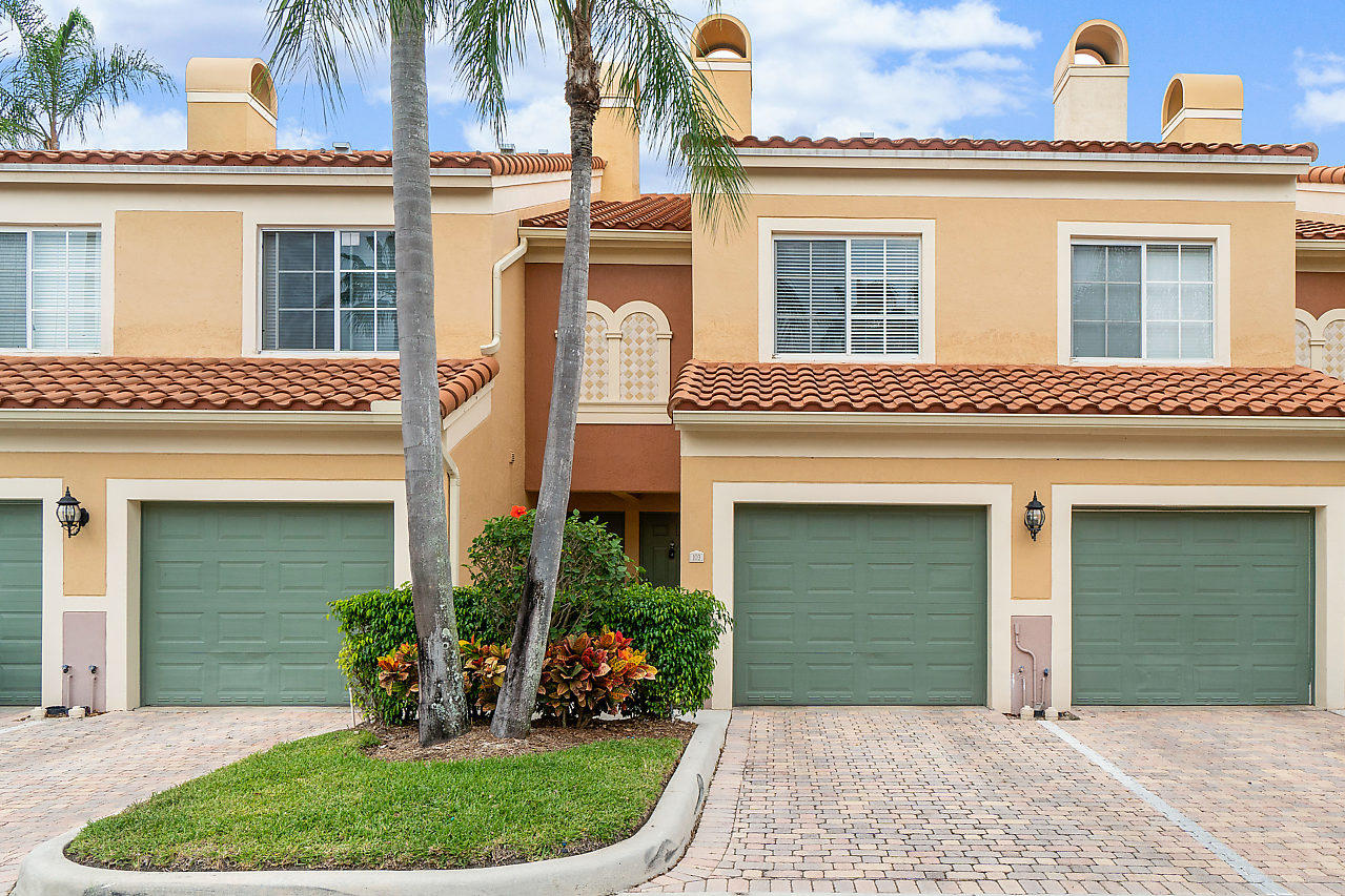 11765 Saint Andrews Place, Wellington, Florida 33414, 2 Bedrooms Bedrooms, ,2.1 BathroomsBathrooms,Condo/Coop,For Rent,ST ANDREWS POLO,Saint Andrews,1,RX-10525477