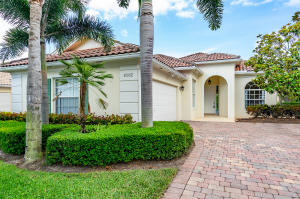 8282 Dominica Place, Wellington, FL 33414