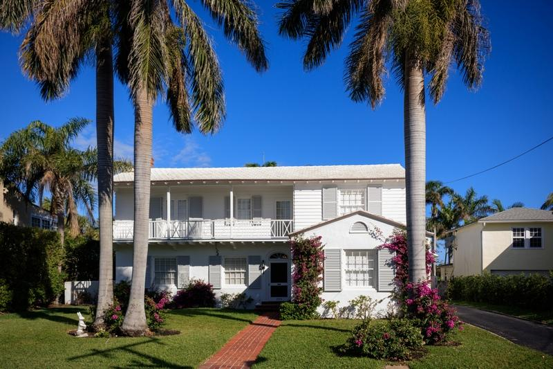 229 Pendleton Avenue, Palm Beach, Florida 33480, 3 Bedrooms Bedrooms, ,4 BathroomsBathrooms,Single Family,For Rent,Pendleton,RX-10525929