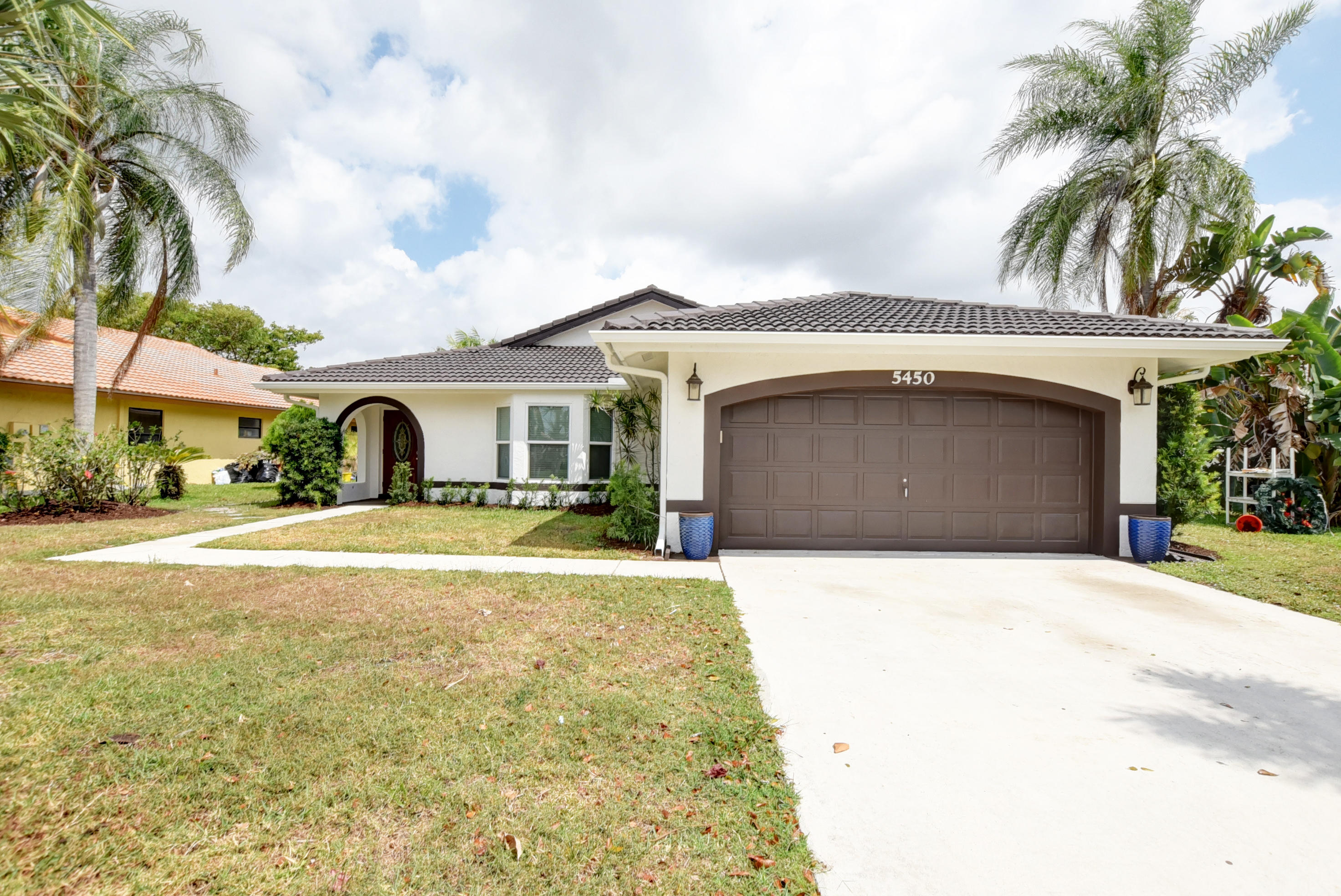 Boynton Beach- Florida 33472, 3 Bedrooms Bedrooms, ,2 BathroomsBathrooms,Residential,For Sale,Helene,RX-10529998