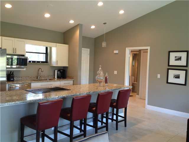 11863 Wimbledon Circle, Wellington, Florida 33414, 2 Bedrooms Bedrooms, ,2 BathroomsBathrooms,Condo/Coop,For Sale,Wimbledon,2,RX-10530675