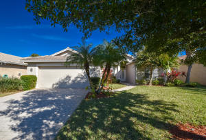 584 NW Waverly Circle, Port Saint Lucie, FL 34983