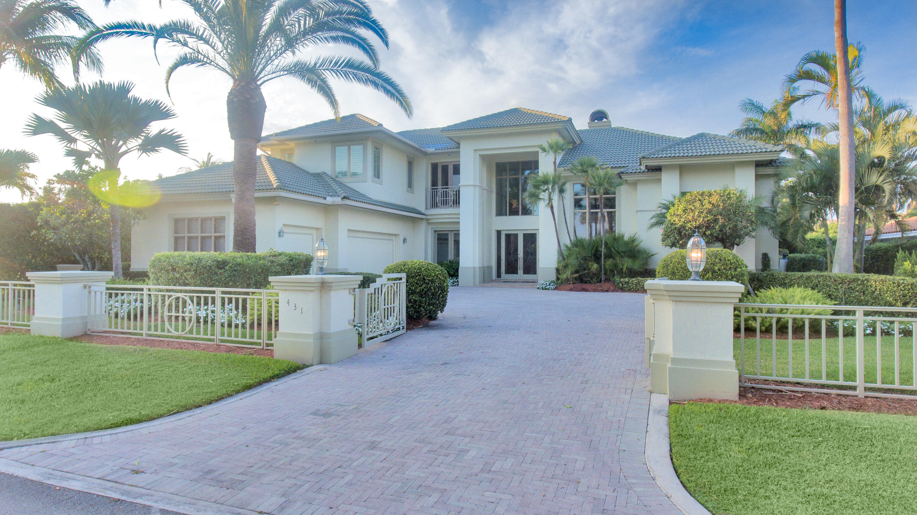 431 Thatch Palm Drive, Boca Raton, Florida 33432, 4 Bedrooms Bedrooms, ,4.2 BathroomsBathrooms,Single Family,For Sale,ROYAL PALM Y & C C,Thatch Palm,RX-10526217