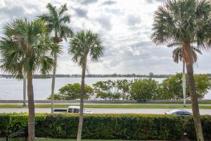3800 Washington Road, 206, West Palm Beach, FL 33405