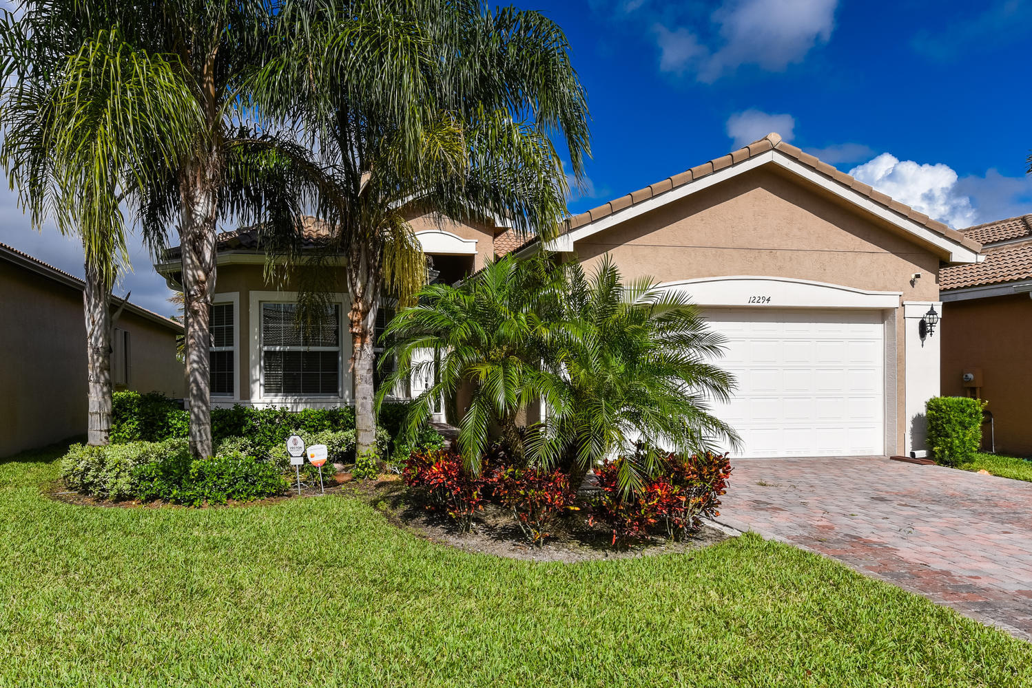 12294 Cascade Valley Lane  Boynton Beach FL 33473