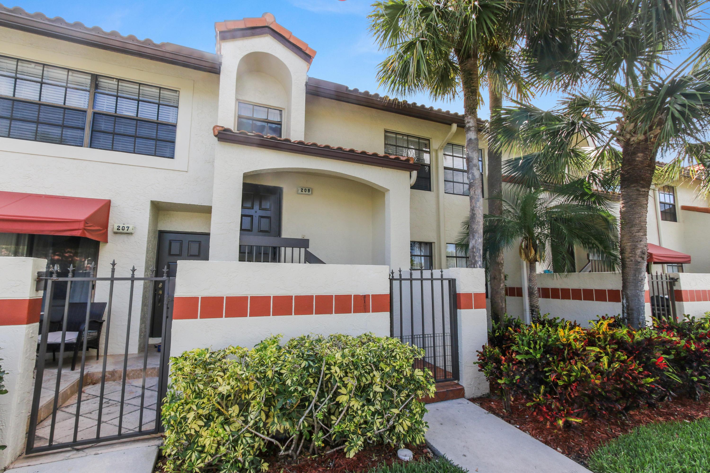 208 Republic Court Deerfield Beach, FL 33442
