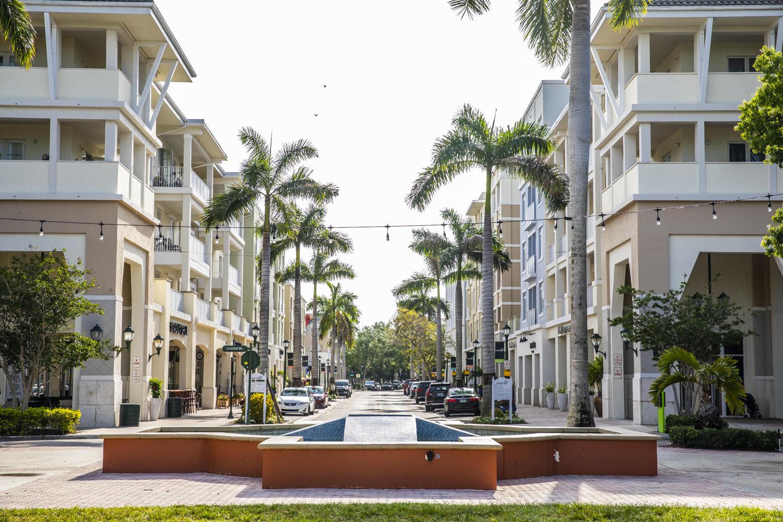 1209 Main Street, Jupiter, Florida 33458, ,1 BathroomBathrooms,Condo/Coop,For Rent,Main,3,RX-10527641