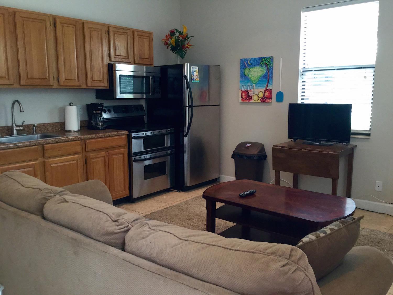 14828 Rolling Rock Place, Wellington, Florida 33414, 2 Bedrooms Bedrooms, ,1 BathroomBathrooms,Barn,For Rent,Rolling Rock,1,RX-10527779