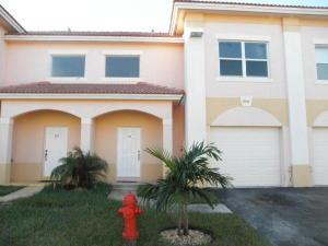 316 Talia Circle, Palm Springs, FL 33461
