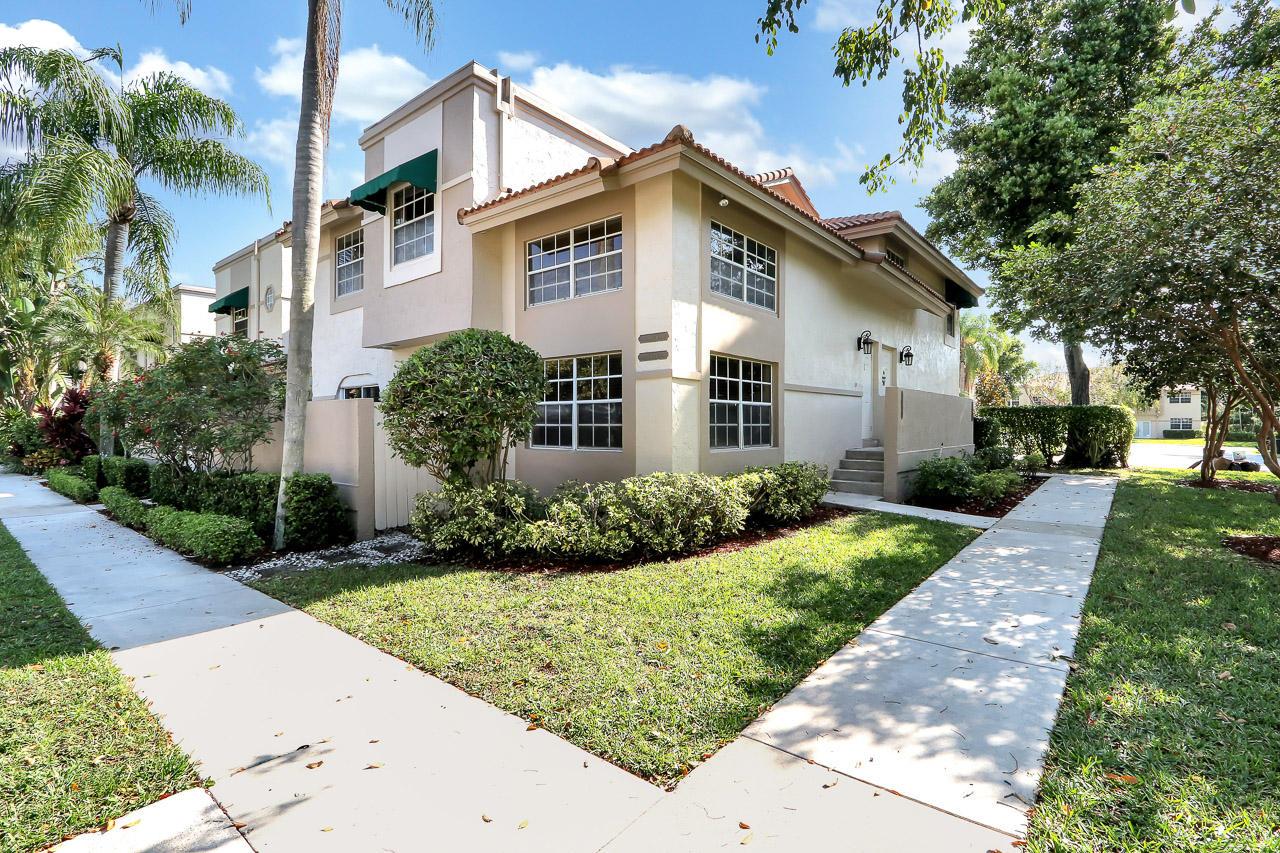 6629 Via Regina #9 Boca Raton, FL 33433