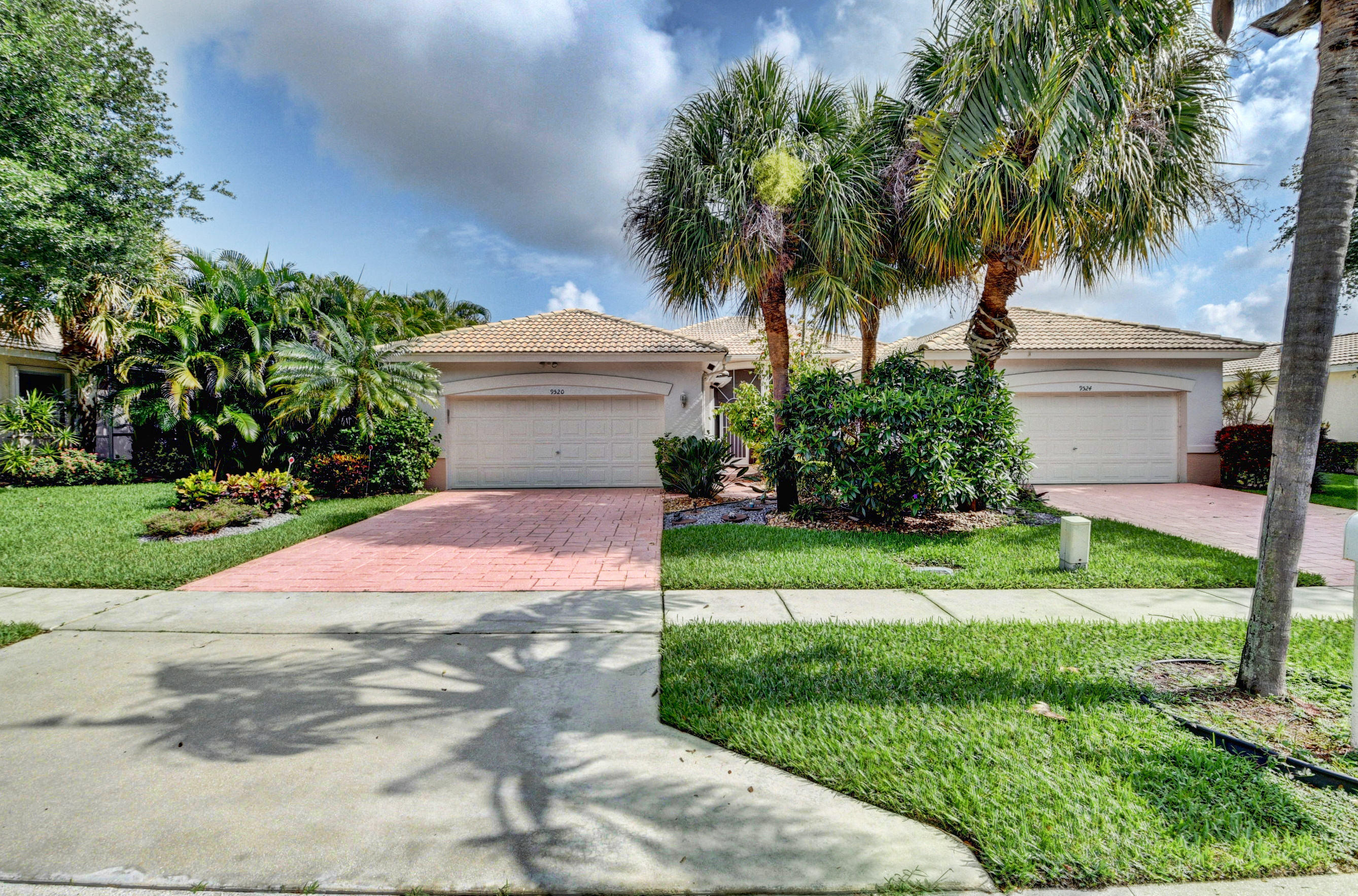 9520 Crescent View Drive  Boynton Beach FL 33437