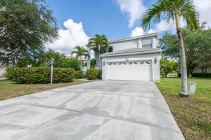 146 Woodlake Circle, Greenacres, FL 33463
