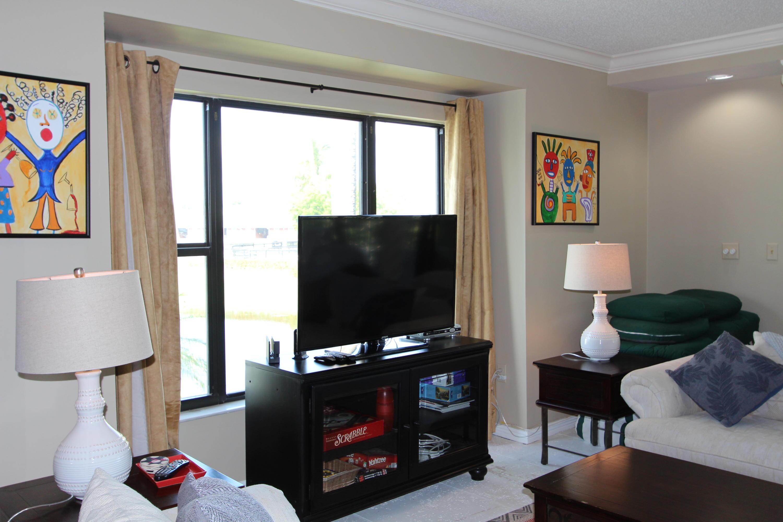Wellington- Florida 33414, 3 Bedrooms Bedrooms, ,3 BathroomsBathrooms,Rental,For Rent,Polo Island,RX-10528750