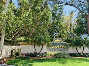 139 N Lakeshore Drive, Hypoluxo, FL 33462