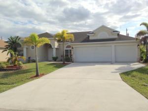 1042 SW Eckard Avenue, Port Saint Lucie, FL 34953