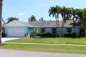 111 Segovia Avenue, Royal Palm Beach, FL 33411