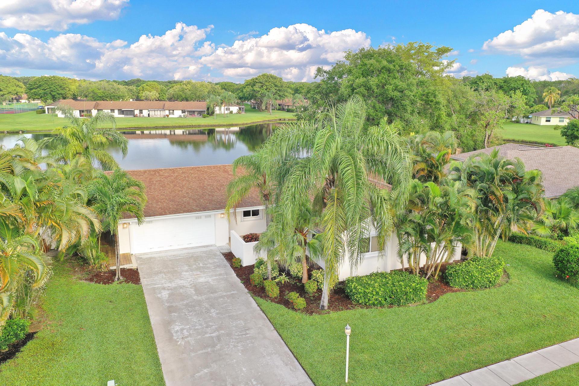 Boynton Beach- Florida 33426, 3 Bedrooms Bedrooms, ,2 BathroomsBathrooms,Residential,For Sale,Vista Del Rio,RX-10529940