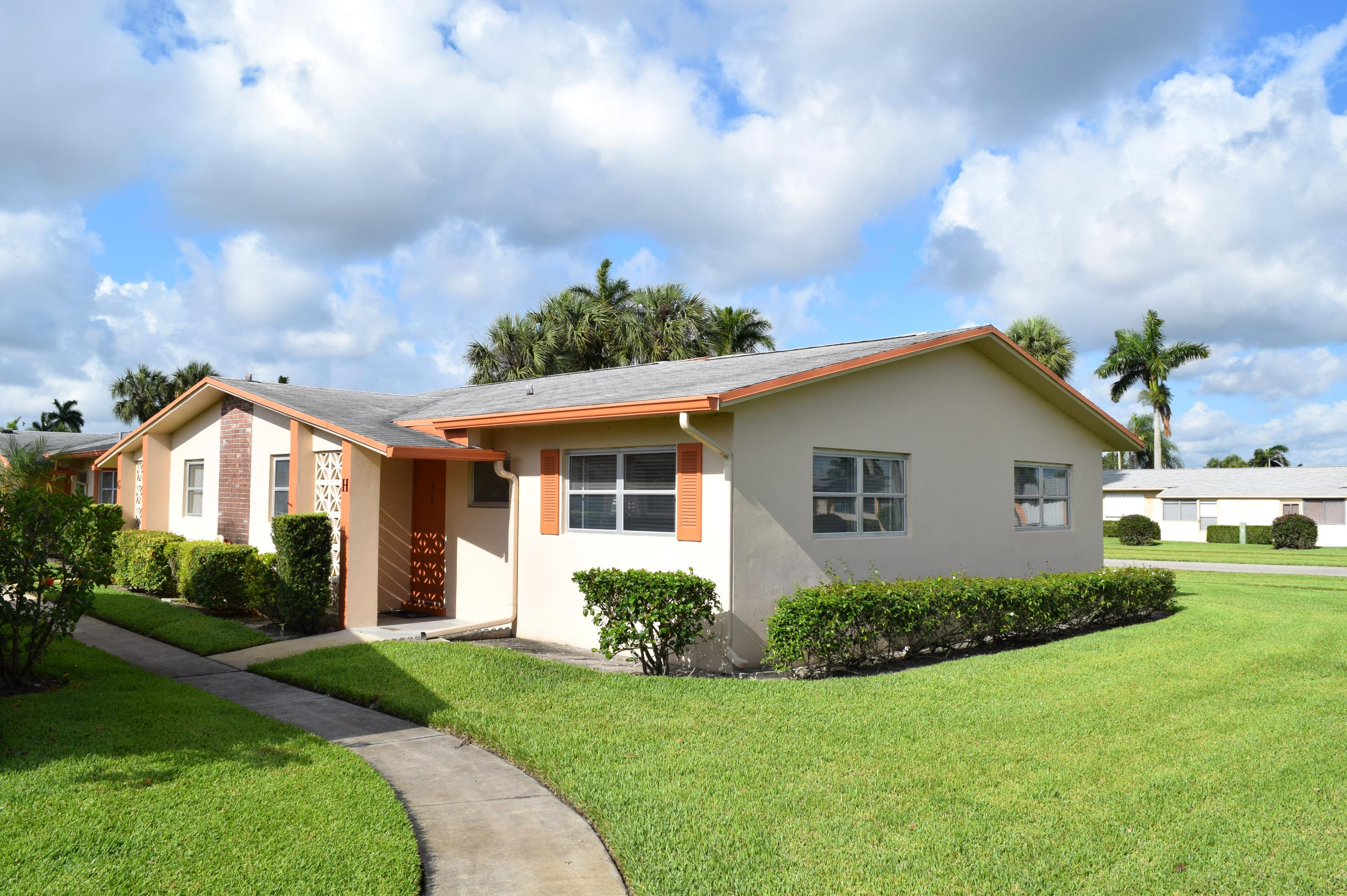 West Palm Beach- Florida 33415, 2 Bedrooms Bedrooms, ,1 BathroomBathrooms,Residential,For Sale,Dudley,RX-10529924