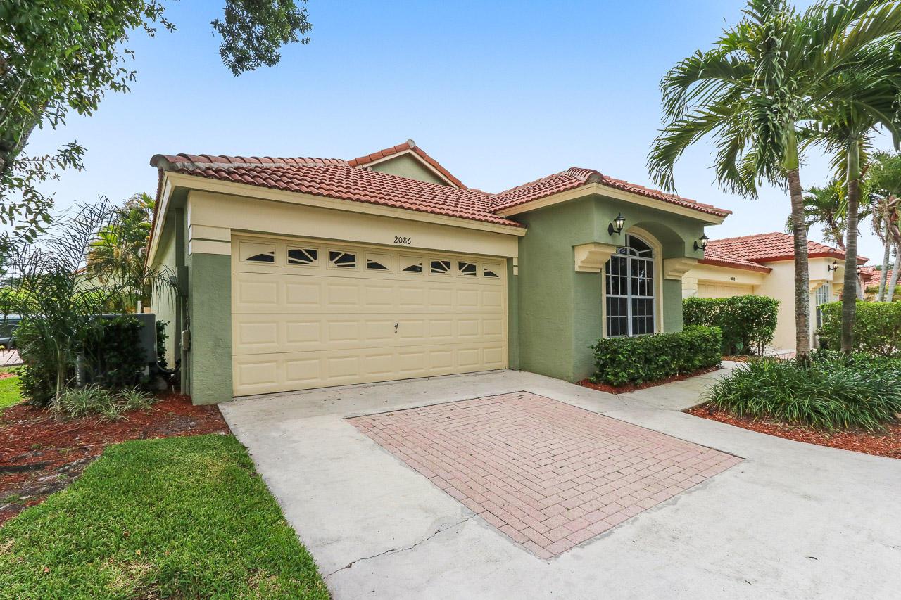 2086 Bonisle Circle Riviera Beach FL 33418